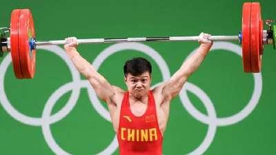 男举56kg龙清泉霸气夺金 总成绩创世界纪录