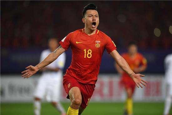 中国最魔鬼主场诞生!客队首发6人上担架!国足进世界杯有希望了
