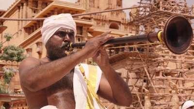 《巴霍巴利王:开端》首曝中文预告 印度神作开战在即