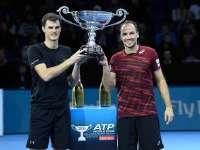 ATP杂志11月第一期 两对组合争夺双打年终第一