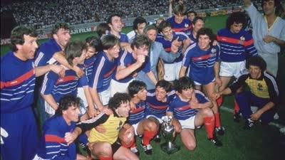 【经典回顾】普拉蒂尼5场轰第9球 84欧洲杯法国2-0西班牙首次夺冠