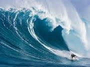 巨浪之美 冲浪者的花火