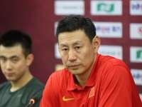 李楠:裁员要教练组讨论 对所有球员都满意不是敷衍