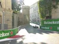 F1阿塞拜疆站排位赛Q3 梅奔两车手飞驰圈双双失误