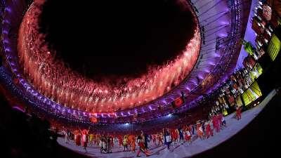 网友开启嘴炮模式 十发炮弹轰炸里约奥运开幕式