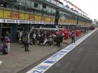 F1澳大利亚站一练 连绵的雨水下不停!