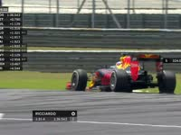 F1马来西亚站FP2:汉密尔顿报告转向系统问题