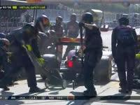 F1马来西亚站正赛:前三趁虚拟安全车进站