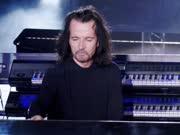 Standing in Motion (Yanni雅尼2016梦想音乐会:埃及吉萨大金字塔实况)