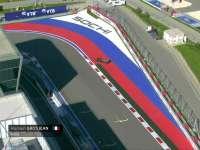 格罗斯让最后一弯失控 赛车打滑180度大甩尾