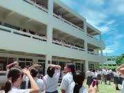 日本学校的同学看见太阳光暈的反应