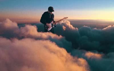 2017年第59届格莱美奖提名:最佳音乐录影带 Coldplay /Up&Up