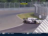 勒芒24小时耐力赛:31号赛车失控阻碍赛道