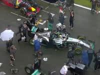 F1英国站正赛赛前:银石倾盆大雨