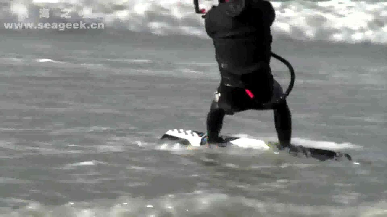 引领水上运动-千万风筝冲浪达人共演海上秀-风筝冲浪C1060