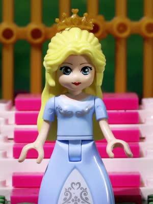 方块熊 莉娅公主