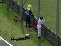 没凳子就站着 F1巴西站FP2:阿隆索赛道边看热闹