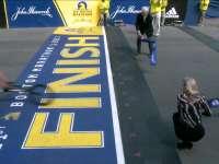 1小时18分04!波士顿马拉松男子轮椅选手破纪录