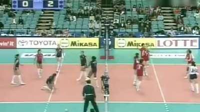 女排荣耀回顾 2003年女排世界杯中国队战胜美国队夺冠