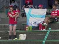 F1日本站FP2:场边妈妈好激动怀里宝宝要掉啦