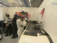 F1奥地利站排位赛:阿隆索Q2垫底砸头盔