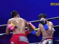 中国泰拳小将王俊光 疯狂重拳对攻惊艳全场