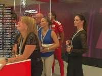 F1比利时站FP3:莱科宁的新婚妻子来到了赛场