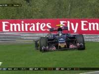 F1比利时站正赛 小塞恩斯后轮爆胎赛道720度大回旋