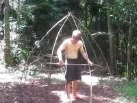 《极限荒野生存教学》第三期 搭建圆顶茅屋