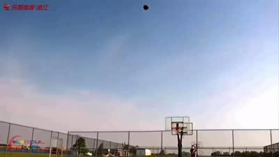 跪了!看看国外大神怎么玩转篮球!