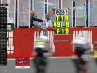 激烈比赛车手差距微乎其微 杆位不断发生变化