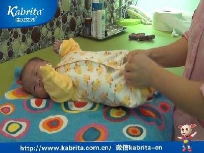 新生儿穿衣步骤很重要
