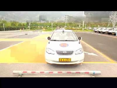 驾考新规科目二 科二侧方位停车技巧