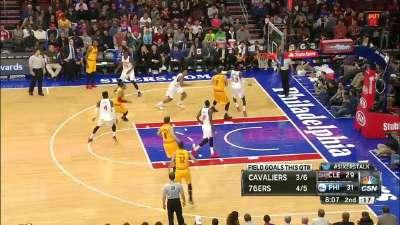 NBA-乐福篮下卡位接球转身双手重扣-乐视体育