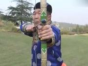 《谁与争锋》20131125:草原神射手PK反应大师 少年PK老將100米田径