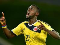 马丁内斯门前劲射破门 哥伦比亚2-1再度领先
