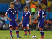 本田助攻冈崎头球破门 日本1-1半场扳平比分