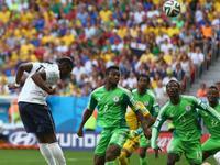 法国2-0尼日利亚 妖童破门红星造乌龙