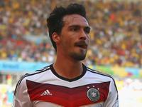 胡梅尔斯头球抢点破门 德国1-0暂时领先法国