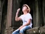 《潮童假期》20140817:潮童柬埔寨吴哥游玩 寻找古墓丽影中的那扇门