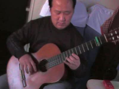 2012年除夕夜在上海至长春的火车上演奏的《
