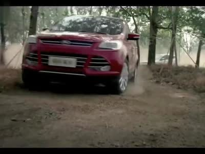福特kuga越野驾驶视频