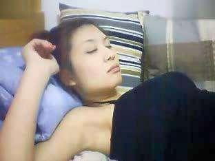 美女睡着 在线观看
