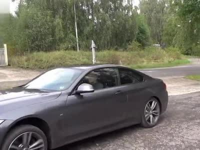 2014 宝马430d双门跑车258马力 德国高速极速驾驶展示