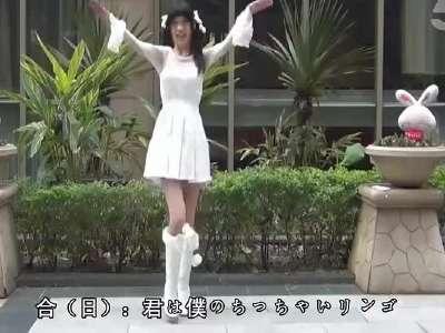 性感美女跳舞 中日双语言版本《小苹果》